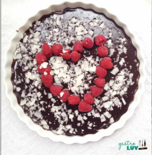 No-Bake Dark Chocolate Mousse Tarts : gluten free, grain free and vegan